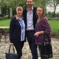 Грегори Томатис (внук Альфреда Томатиса), Марина и Елена Клименок в Париже