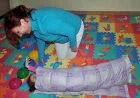 Применение утяжеленного одеяла на занятиях